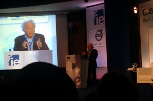 Eduard Punset en el IE Global Alumni Forum 2011, Madrid