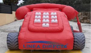 línea directa cochecito rojo