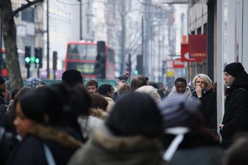 Gente en Londres (por aabrilru en flickr)
